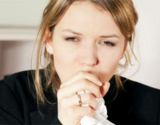 Число пациентов, обращающихся в поликлиники с симптомами бронхита, в зимнее время возрастает в несколько раз