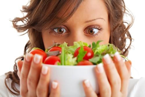 В следующие 7-10 суток к разрешенным продуктов можно добавить овощи, богатые пищевыми волокнами и клетчаткой